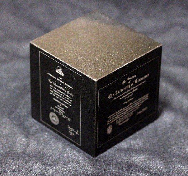 granite-diploma-cube