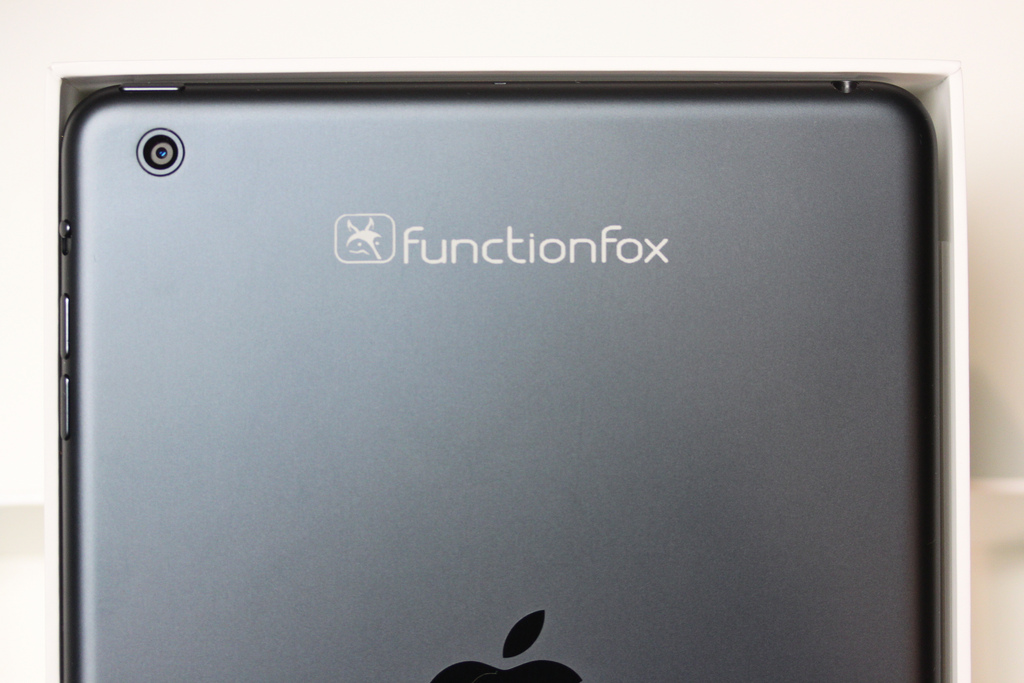 Logo engraved on iPad mini