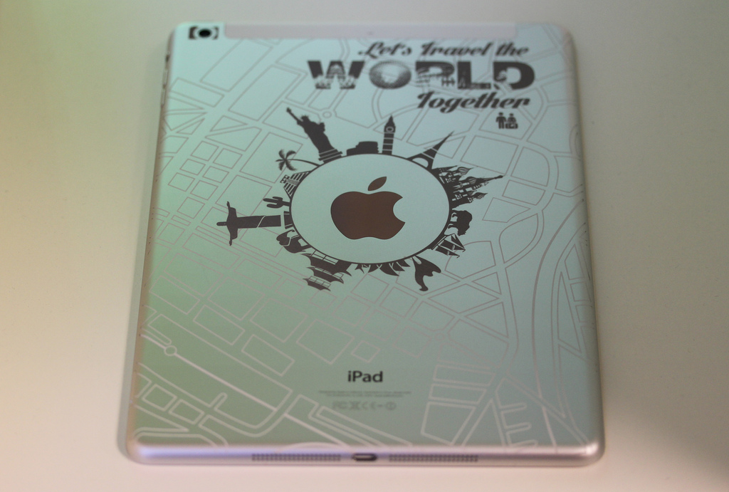 Two-color iPad Air Engraving