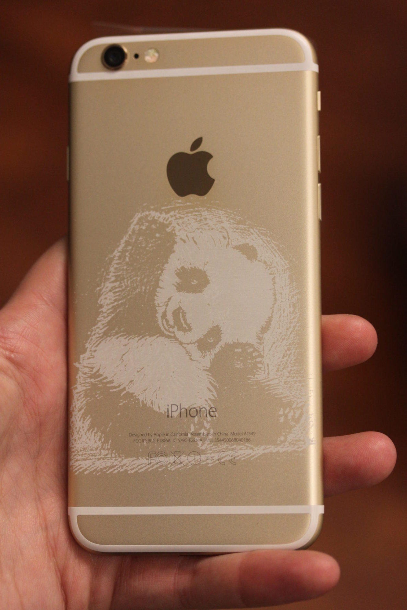 Engraving Apple's Gold iPads, iPhones, and MacBooks 3